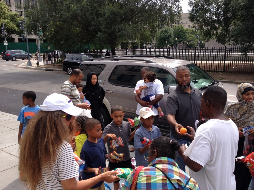 Feed the Homeless 2014.jpg