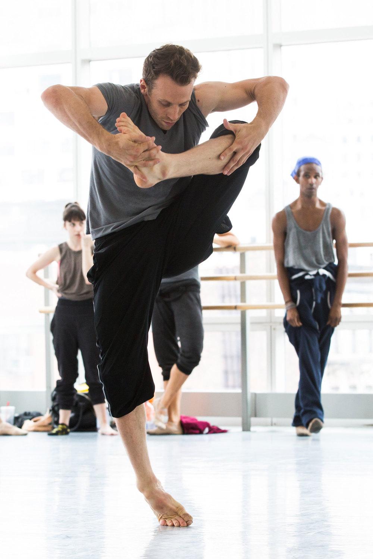 Lindsay Nelko & Dancers