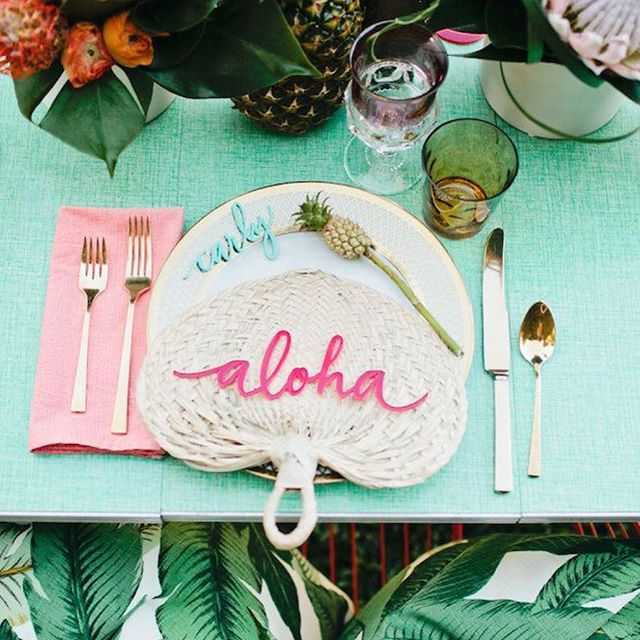Hello Saturday! Who's had a hectic week & welcoming this weekend with open arms🤗! #relaxingday #saturdayvibes #lowbattery #needtorecharge #aloha #alohasaturday #weekendvibes #palmtrees #tabledecor #feelingtropical #feelingfruity #rollonsummer #busyweek #dinningout #saturday #timetochill #chillout