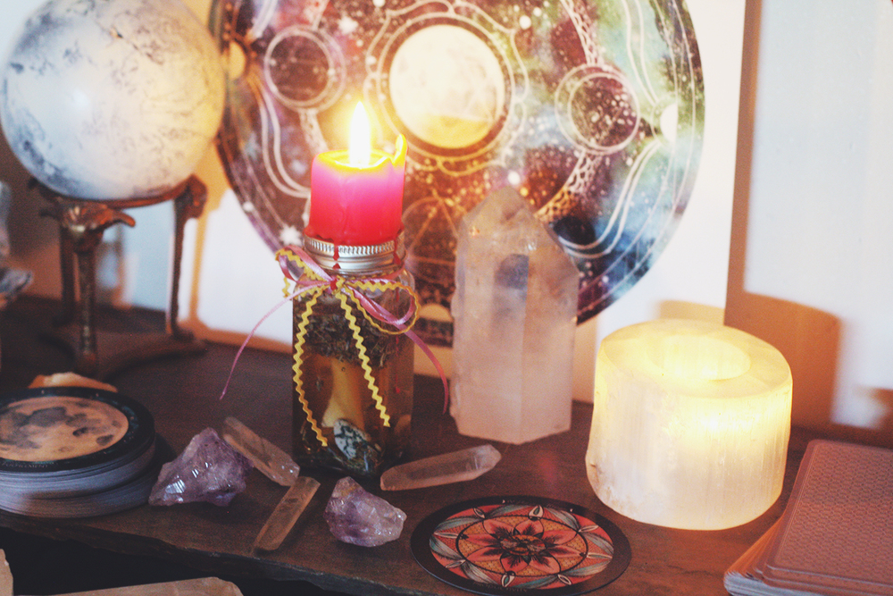 Honey Jar Candle Ritual | Spirit de la Lune