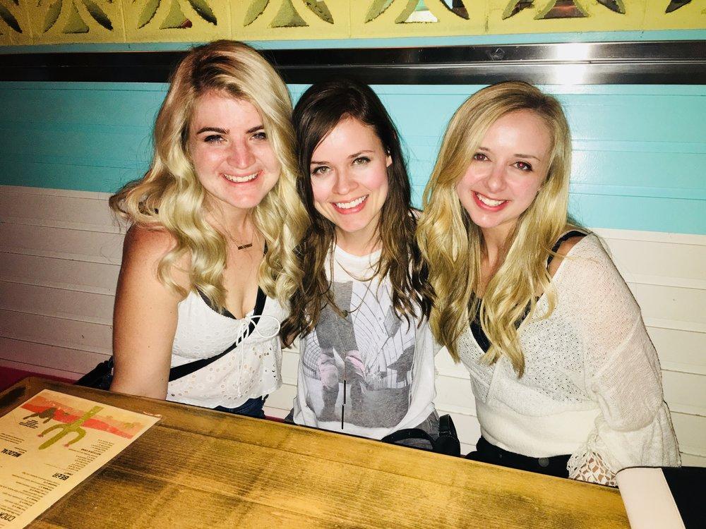 Los Amigos Bar & Grill