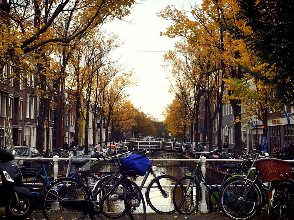 Achterom Canal, Delft