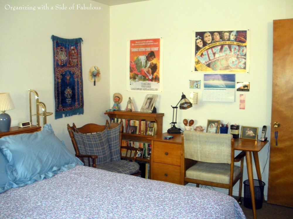Guest room makeover - Organizing with a Side of Fabulous blog