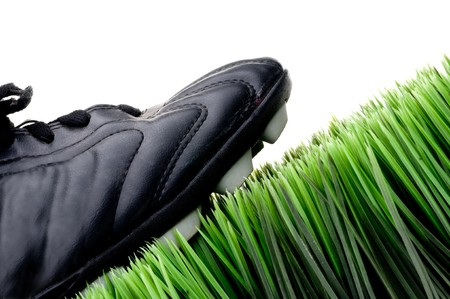 3944510_S_football_soccer_turf_cleat_grass.jpg