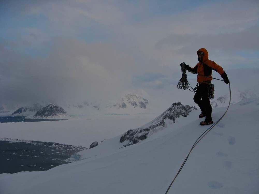 Mixed Climbing Antarctica4.jpg