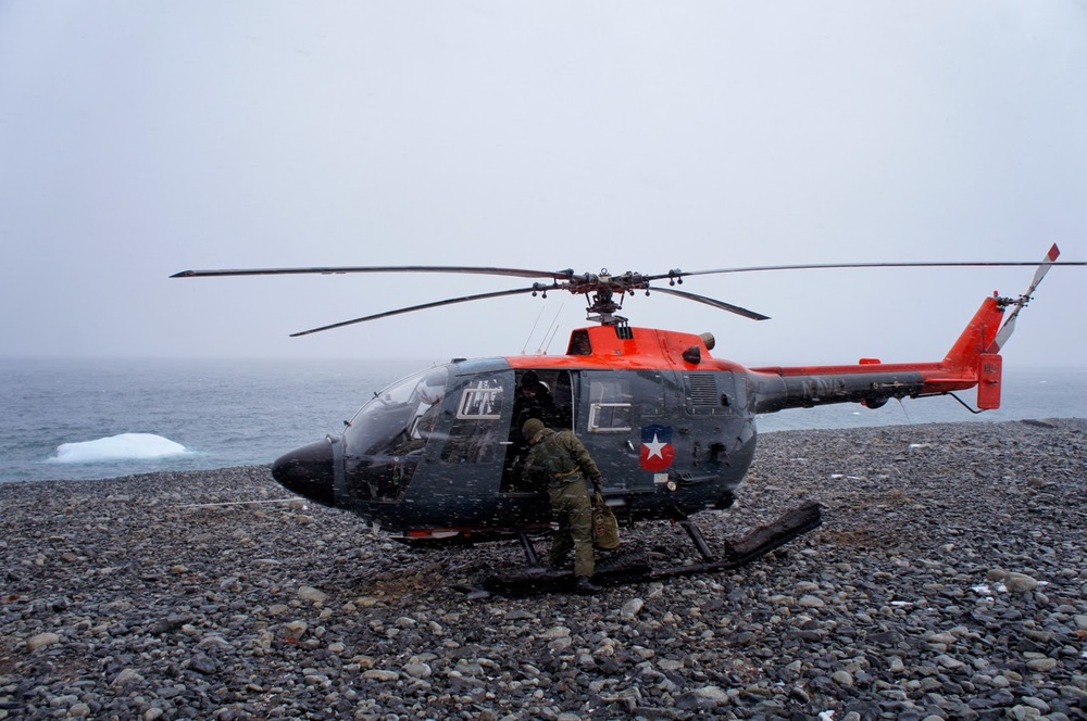 Helicopter on Pinnero Island