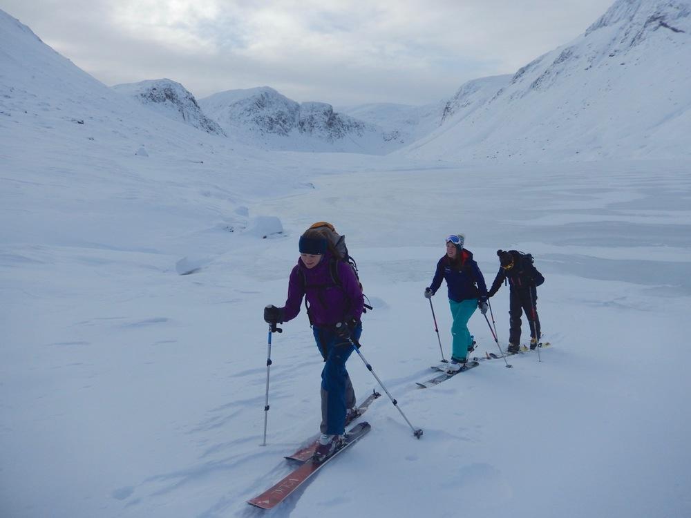 Skiing across Loch Avon