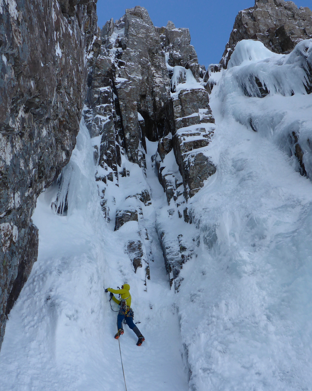 Setting off on the crux pitch of Boomer's Requiem