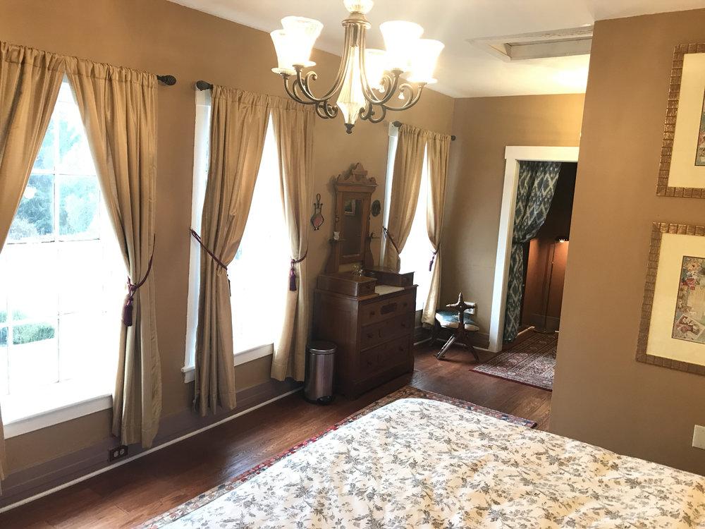 Orchard-House_Job-Paige-Suite.jpg