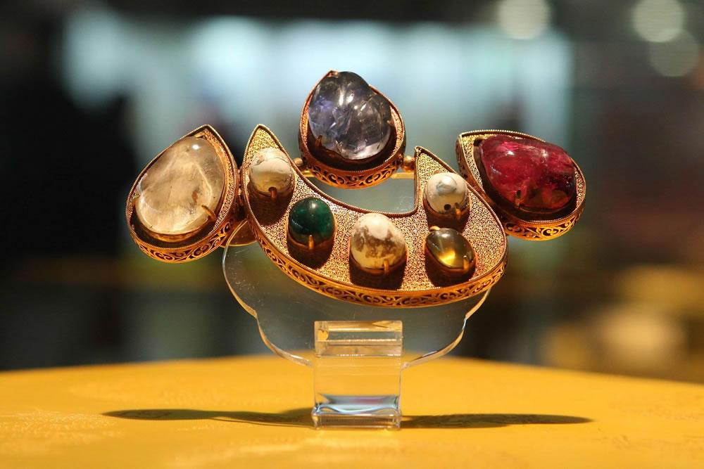 HISTOIRE DU BIJOU - 4 x 4h avec Laure DORCHYhistoriene de l'art , experte en bijoux et orfèvrerie ancienne