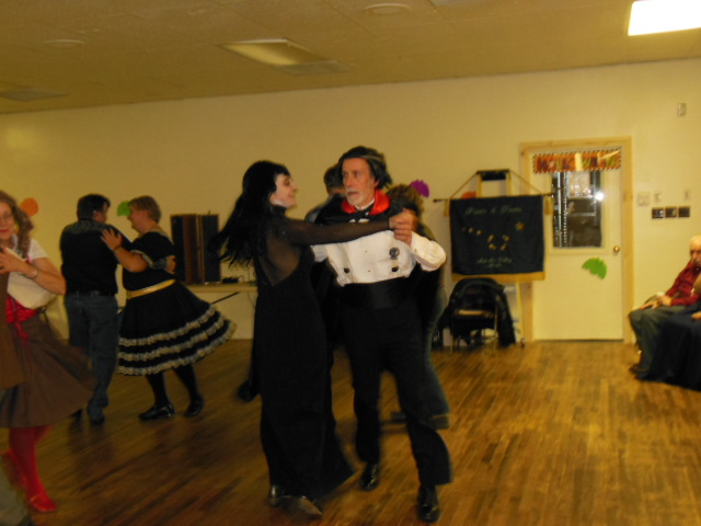 Learn To Square Dance 1.JPG
