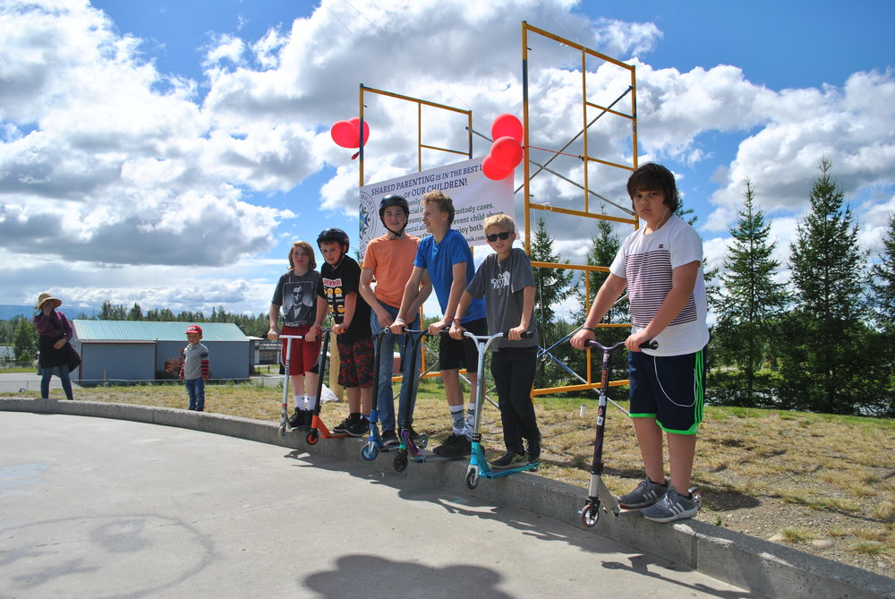 COMMUNITY - The AK Fathers' Rights Movement Sponsored 5050 Grind Skateboard Competition Brings Skaters & Families Together 5 - Copy.JPG