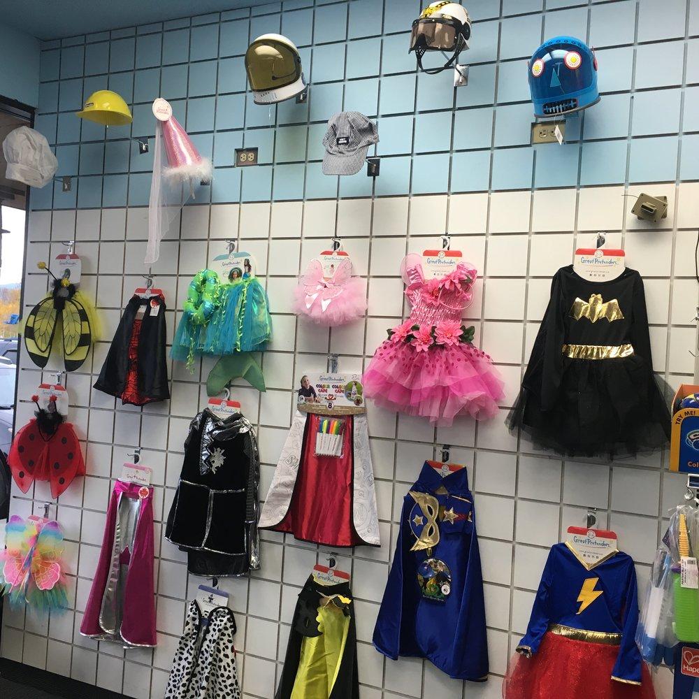 COMMUNITY - Neighborhood Toy Store Day In Wasilla 4.JPG