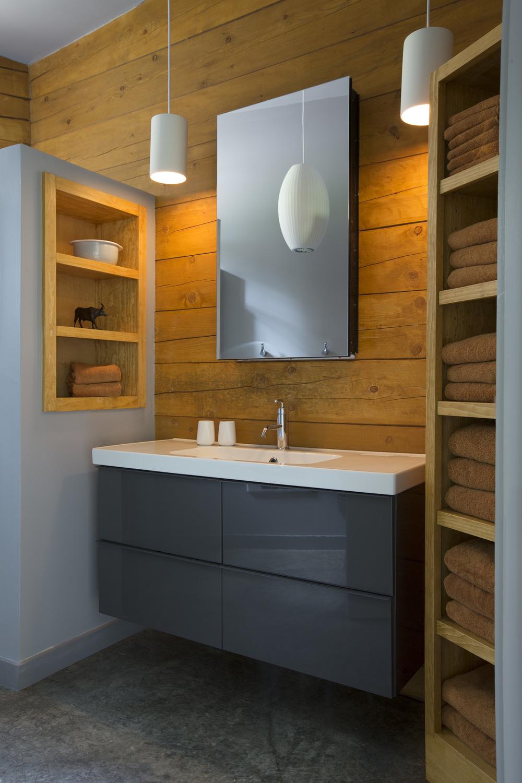 DuBois Tres Lagunas Cabin Bathroom.jpg