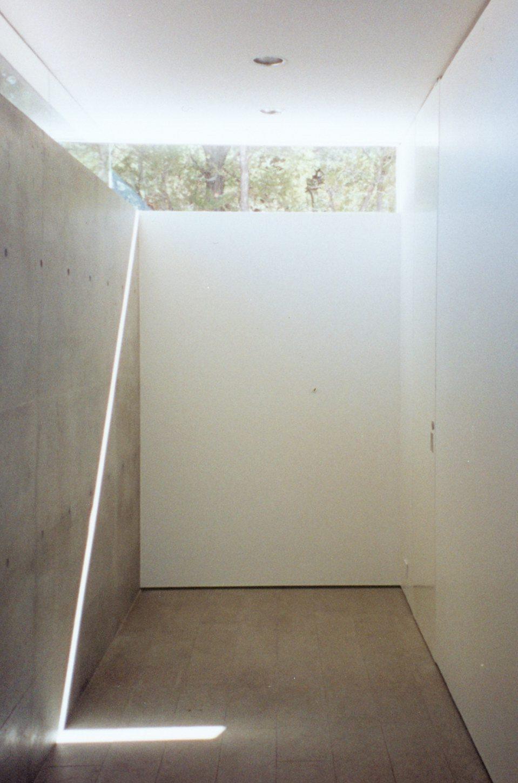 DuBois Santa Fe Guest House Hall.jpg