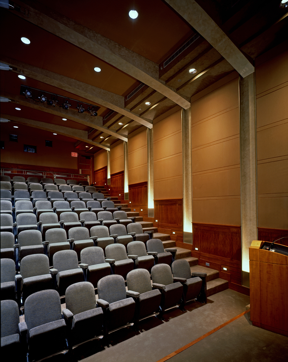 DuBois HBO Theater 03.jpg