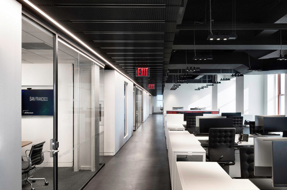 11 DuBois JCDecaux Empire State Building Offices.jpg