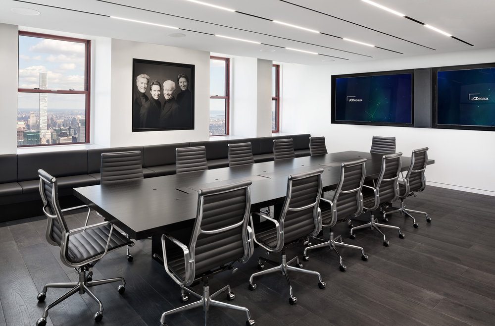 14 DuBois JCDecaux Empire State Building Boardroom.jpg