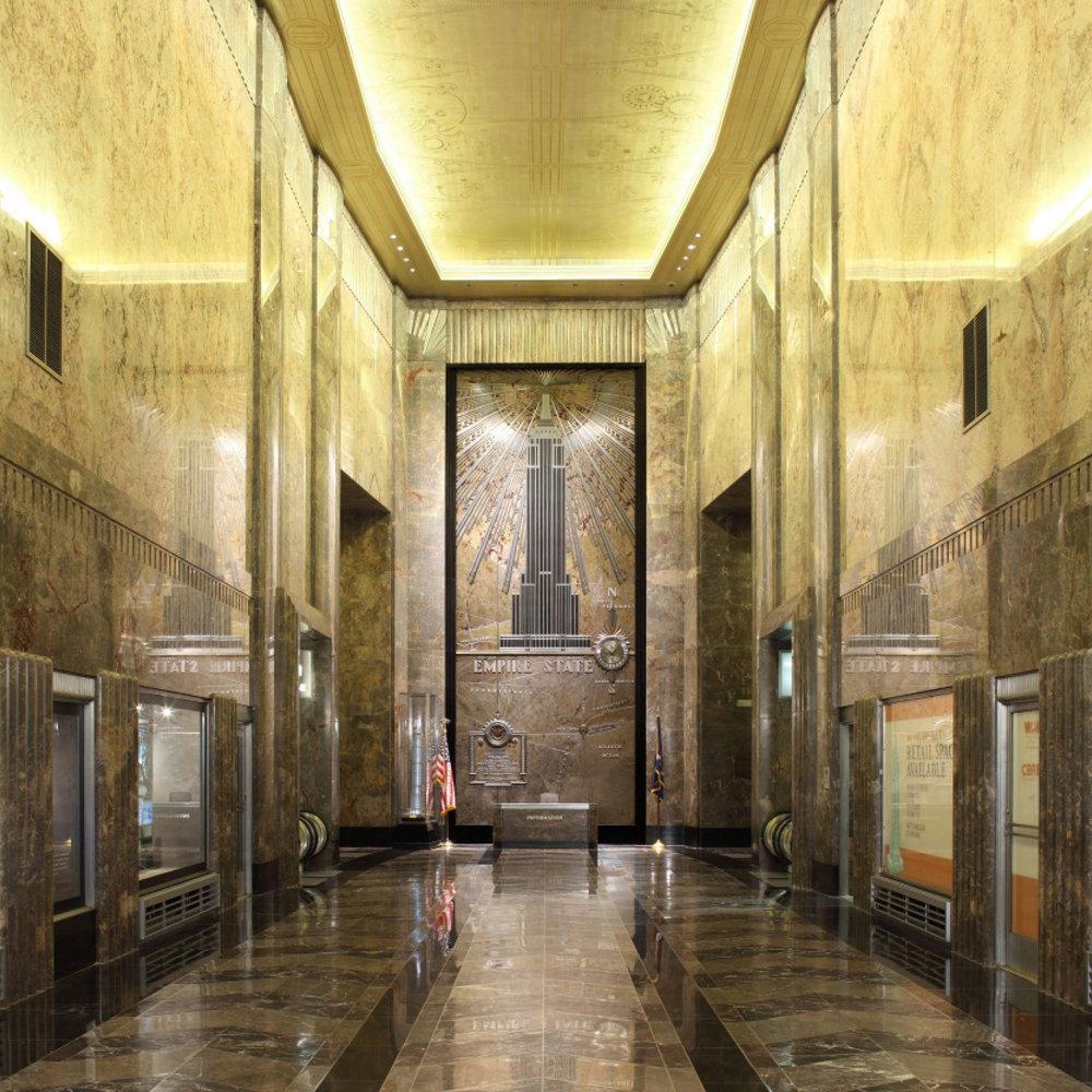 29 DuBois JCDecaux Empire State Building ESB Lobby.jpg
