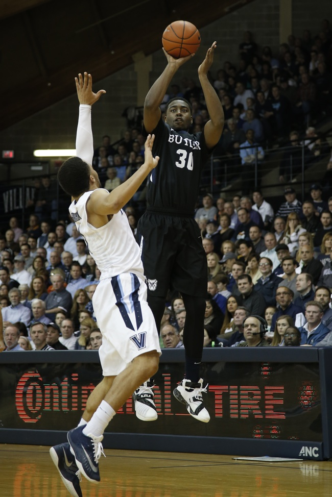 Martin pulls from way downtown against Villanova's Jalen Brunson