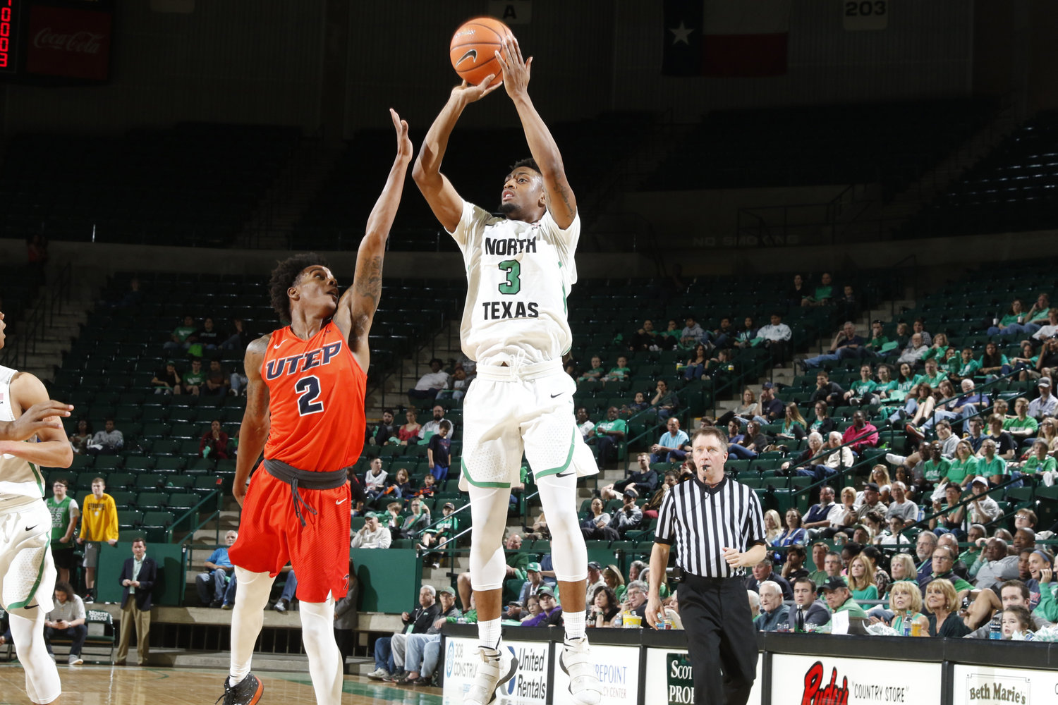 eb40a3f0a Conference USA 2018-19 Preview — Three-Man-Weave