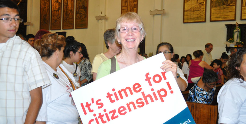 slider_photo_citizenship.jpg