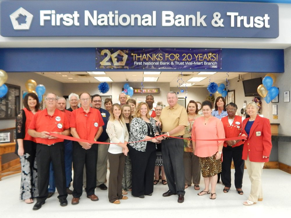 FNB_Walmart_RibbonCutting.jpg