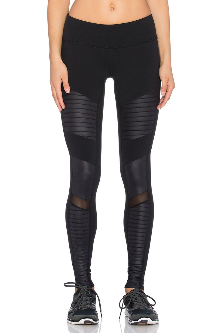 alo Moto leggings in black & black glossy