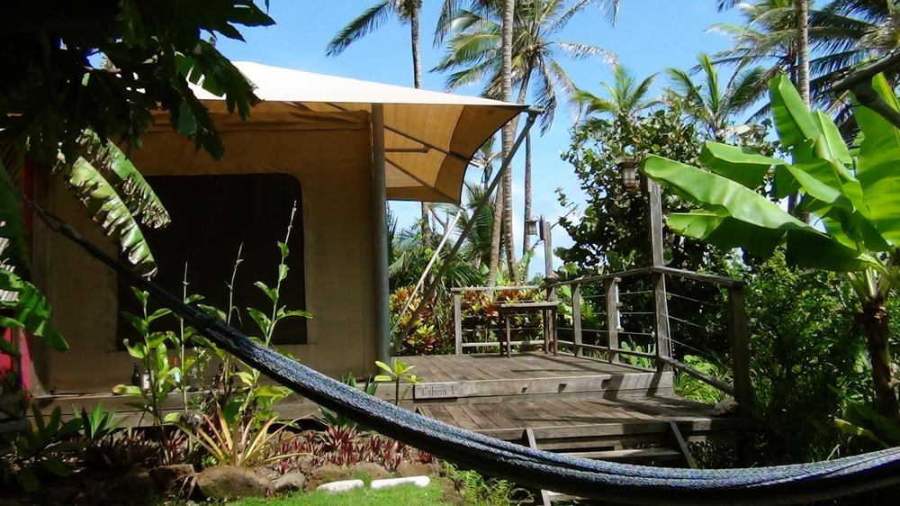 Los Escapados Eco-Cabin 1 with hammock