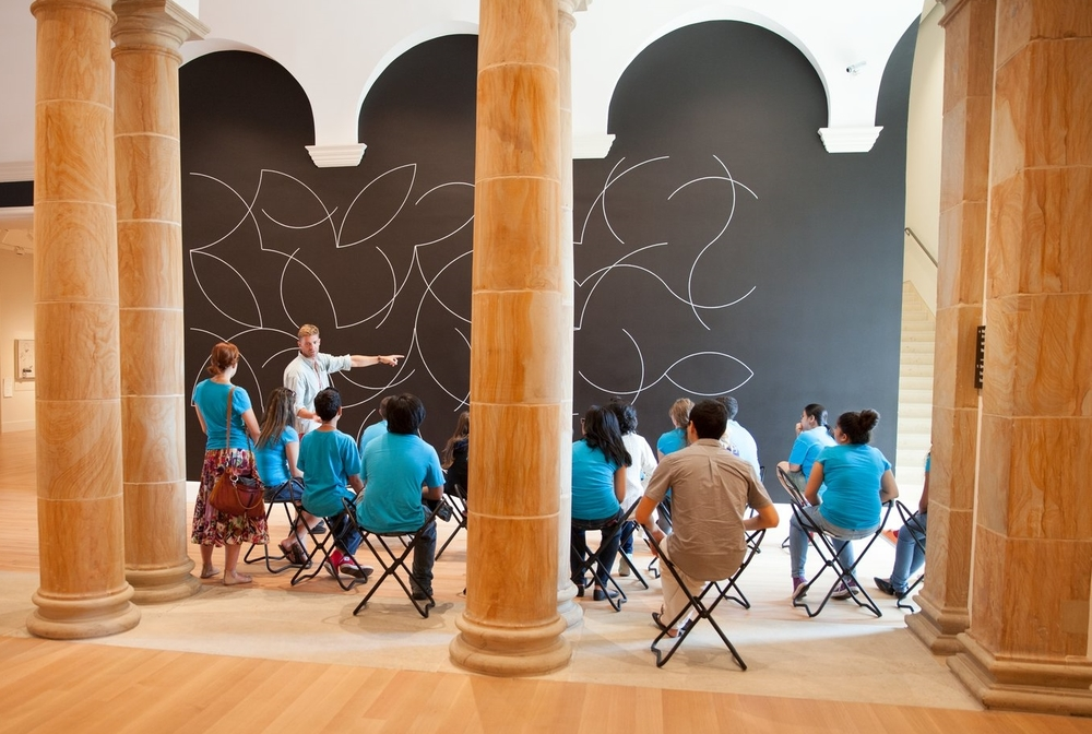 A class being held in the Wurtele Gallery of the Yale University Art Gallery. Photo credit: Jessica Smolinski