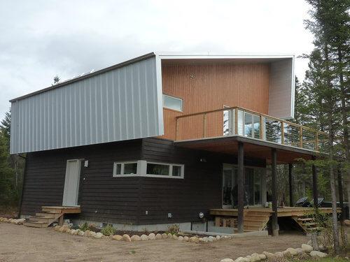 construction st-ferreol, maison neuve, toiture d'acier, lauréat nobilis, rivière ste-anne