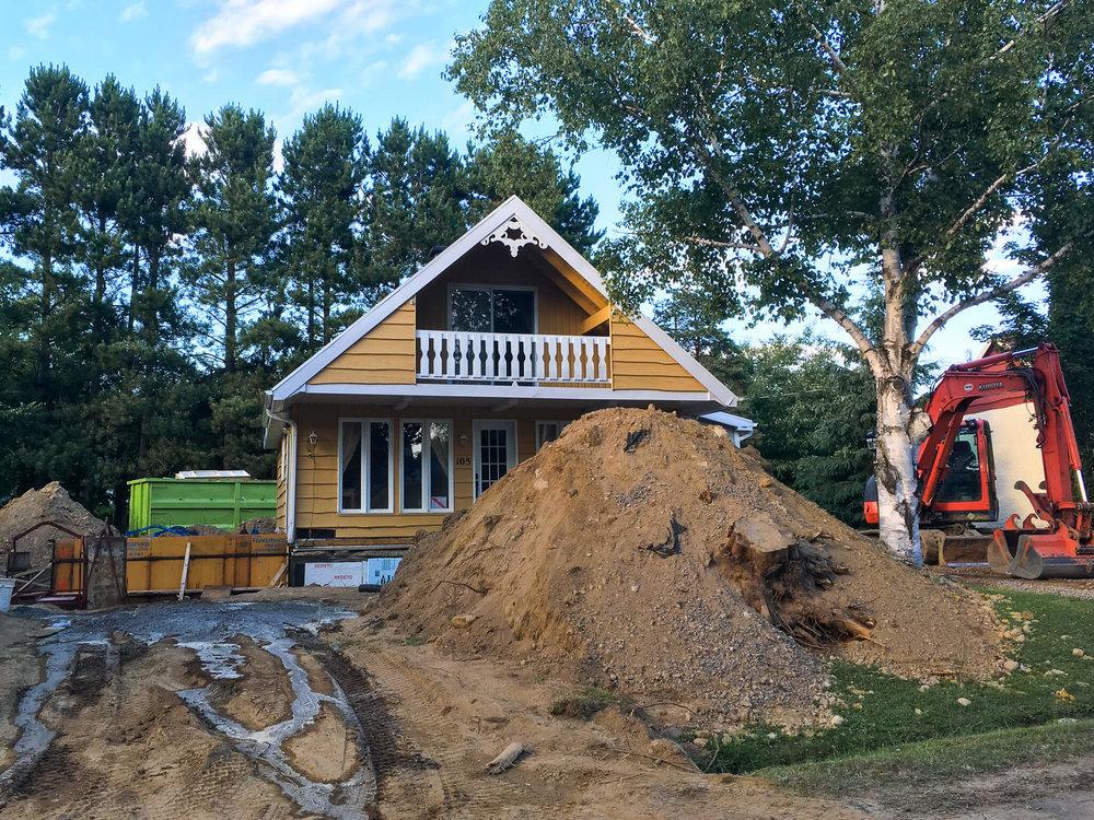 Début du chantier, on creuse!