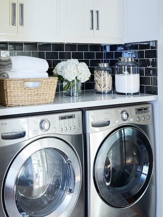 laundry room 5.jpg