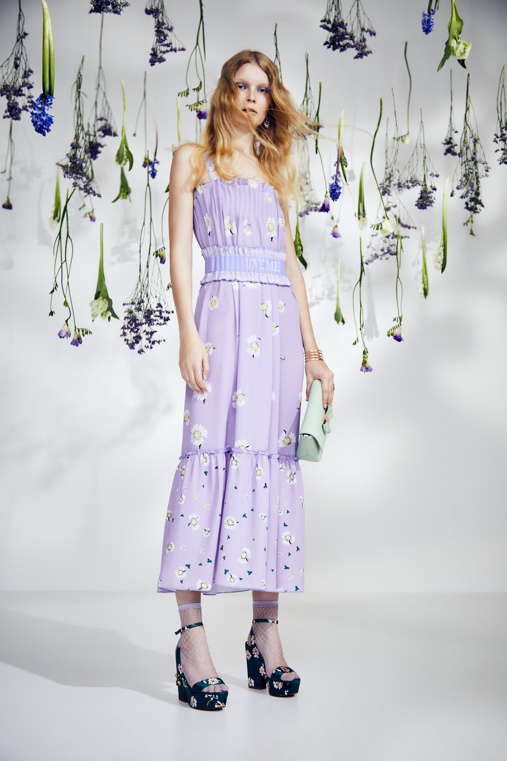 CW_12_Garden_Party_outfit_013149_retouch.jpg