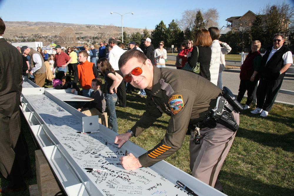Signing Ceremony 1 034.jpg