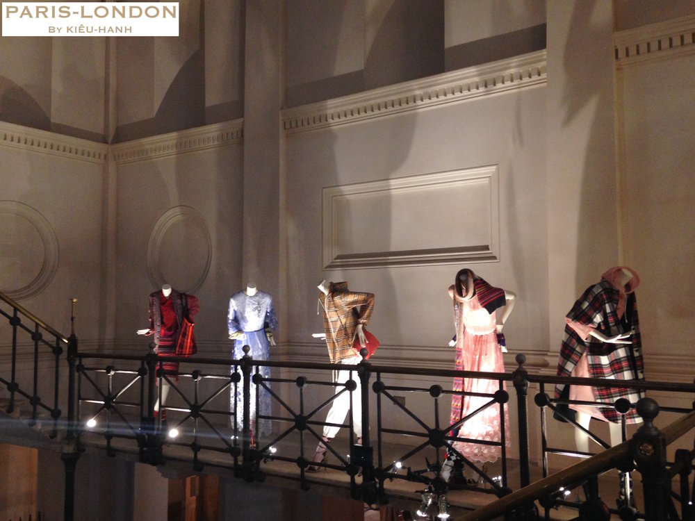London Fashion Week (7). Paris-London By Kieu-Hanh.jpg