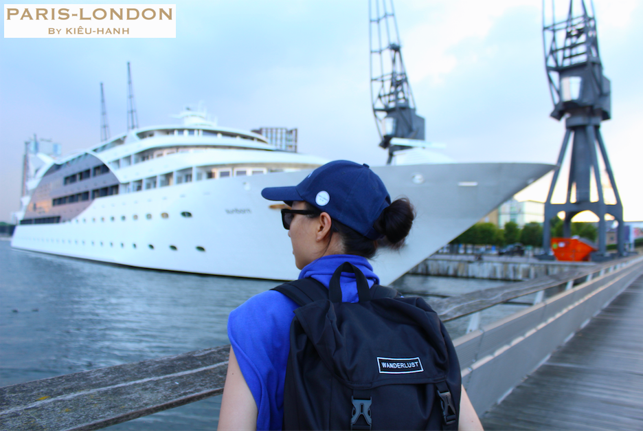Wanderlust Backpack (2). Paris-London By Kieu-Hanh.png