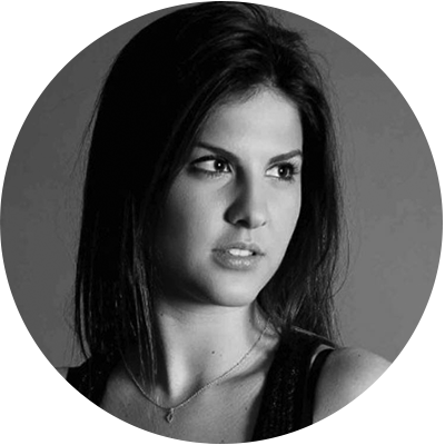 Keren   Diamonds Expert  Keren is a sales and marketing executive at MID House of Diamonds, with an M.B.A. from Israel's IDC Herzliya.