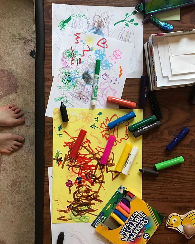 Feeling lucky on a day when my soul is as cloudy as the sky to have a coffee table full of color and joy and many, many drawings of frogs (by request). #thisischildhood #frogcommissionsalwaysaccepted