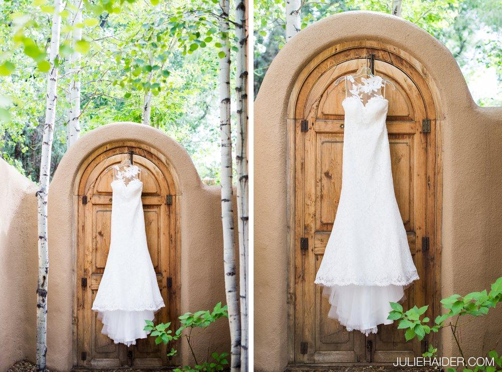 El-Monte-Sagrado-Summer-Intimate-Wedding-Taos-New-Mexico-003.jpg