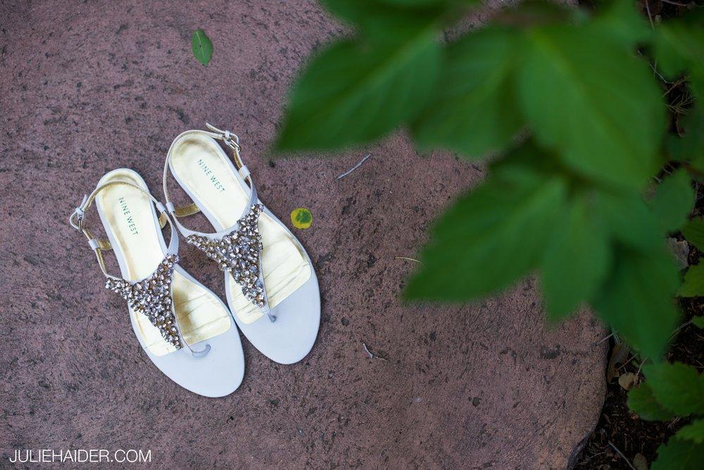 El-Monte-Sagrado-Summer-Intimate-Wedding-Taos-New-Mexico-007.jpg