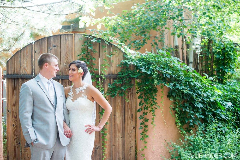 El-Monte-Sagrado-Summer-Intimate-Wedding-Taos-New-Mexico-029.jpg