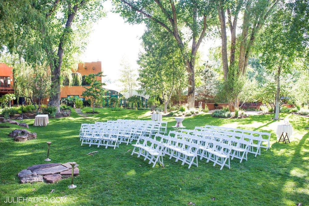 El-Monte-Sagrado-Summer-Intimate-Wedding-Taos-New-Mexico-042.jpg