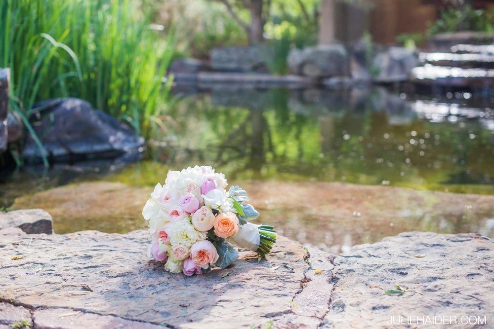 El-Monte-Sagrado-Summer-Intimate-Wedding-Taos-New-Mexico-055.jpg