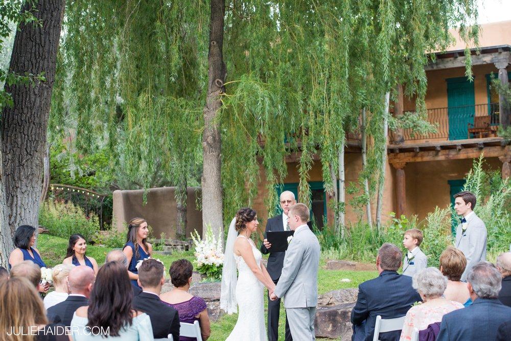 El-Monte-Sagrado-Summer-Intimate-Wedding-Taos-New-Mexico-078.jpg