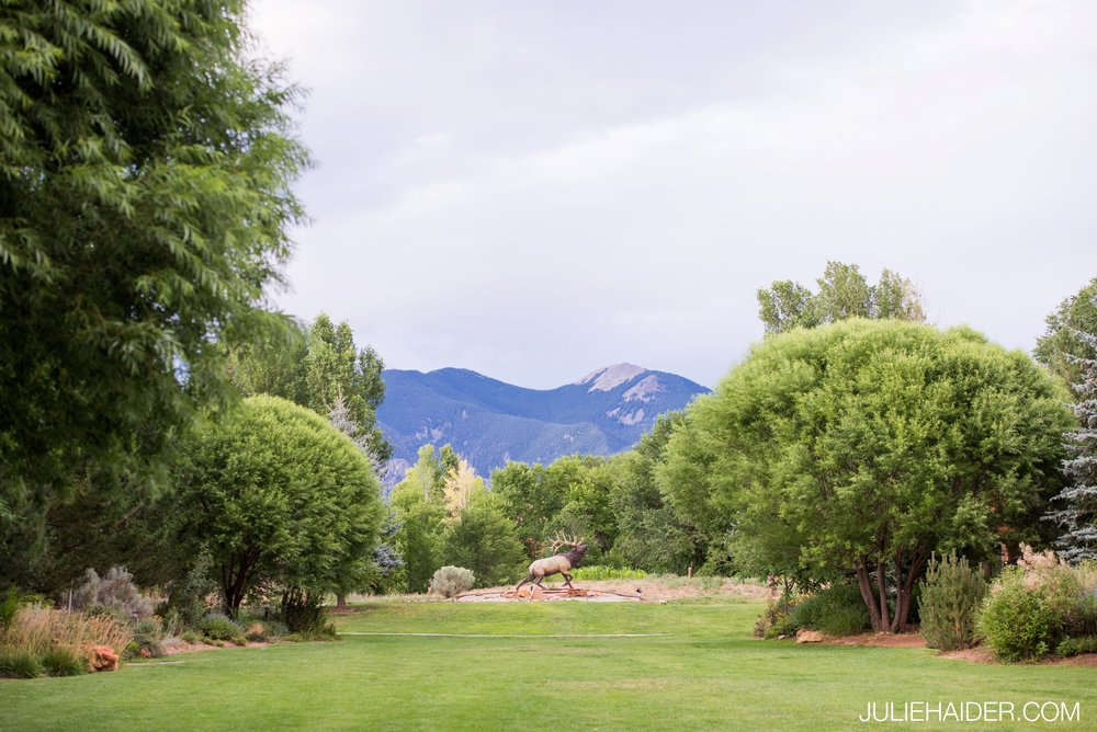El-Monte-Sagrado-Summer-Intimate-Wedding-Taos-New-Mexico-119.jpg
