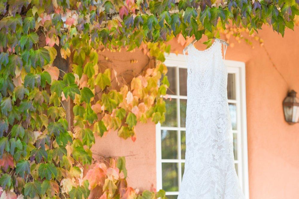 La-Mesita-Ranch-Wedding-Santa-Fe-New-Mexico-Fall-Outdoor-Ceremony-Under-Tree_1.jpg