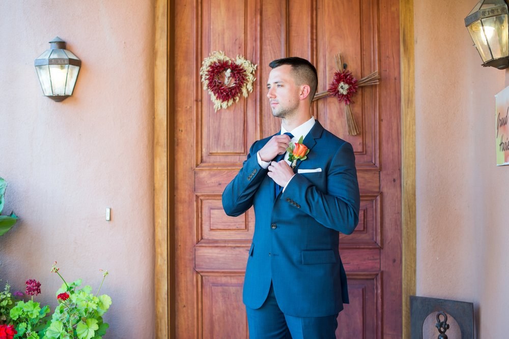 La-Mesita-Ranch-Wedding-Santa-Fe-New-Mexico-Fall-Outdoor-Ceremony-Under-Tree_4.jpg