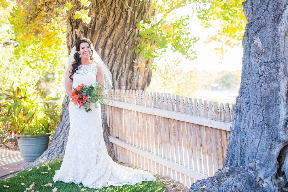 La-Mesita-Ranch-Wedding-Santa-Fe-New-Mexico-Fall-Outdoor-Ceremony-Under-Tree_14.jpg