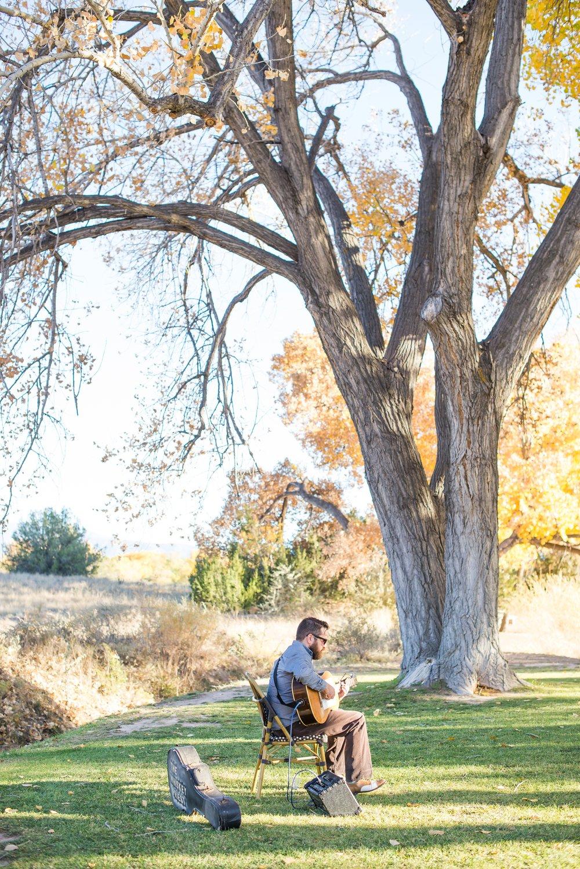 La-Mesita-Ranch-Wedding-Santa-Fe-New-Mexico-Fall-Outdoor-Ceremony-Under-Tree_28.jpg